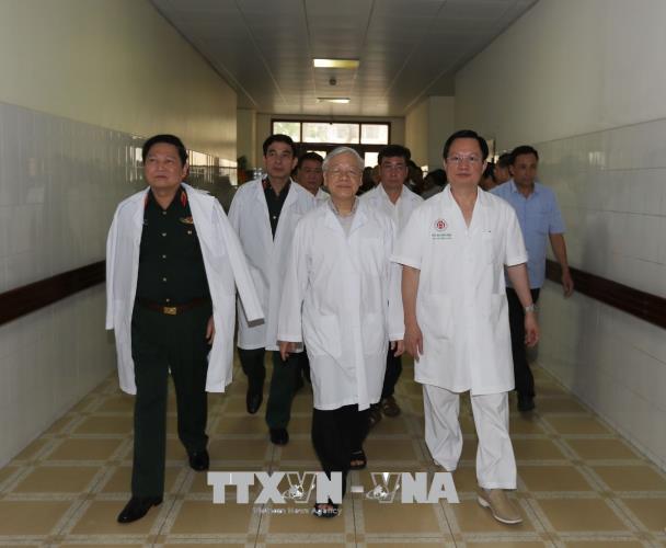 Tổng Bí thư Nguyễn Phú Trọng thăm, chúc mừng nguyên Tổng Bí thư Đỗ Mười và nguyên Chủ tịch nước Lê Đức Anh