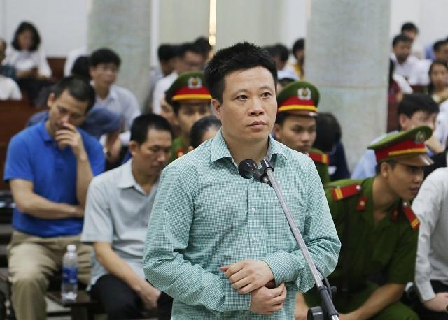 Bị cáo Hà Văn Thắm đề nghị không bị xem xét kết án về tội tham ô