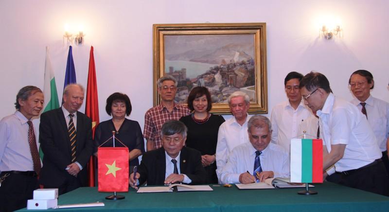 Góp phần thúc đẩy quan hệ hữu nghị và hợp tác giữa nhân dân hai nước Việt Nam - Bulgaria