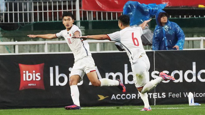 U19 Việt Nam gây sốc khi cầm hòa U19 Hàn Quốc tại giải U19 Suwon JS Cup 2018