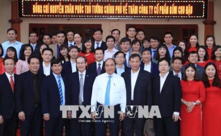 """Thủ tướng: Tôn vinh và phát huy tài năng những """"bàn tay vàng"""" của nghề gốm Chu Đậu"""