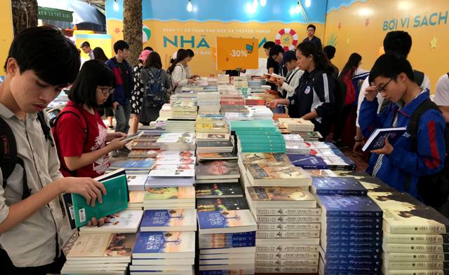 Hội Sách chào mừng Ngày Sách Việt Nam lần thứ 5 đạt doanh thu gần 11 tỷ đồng
