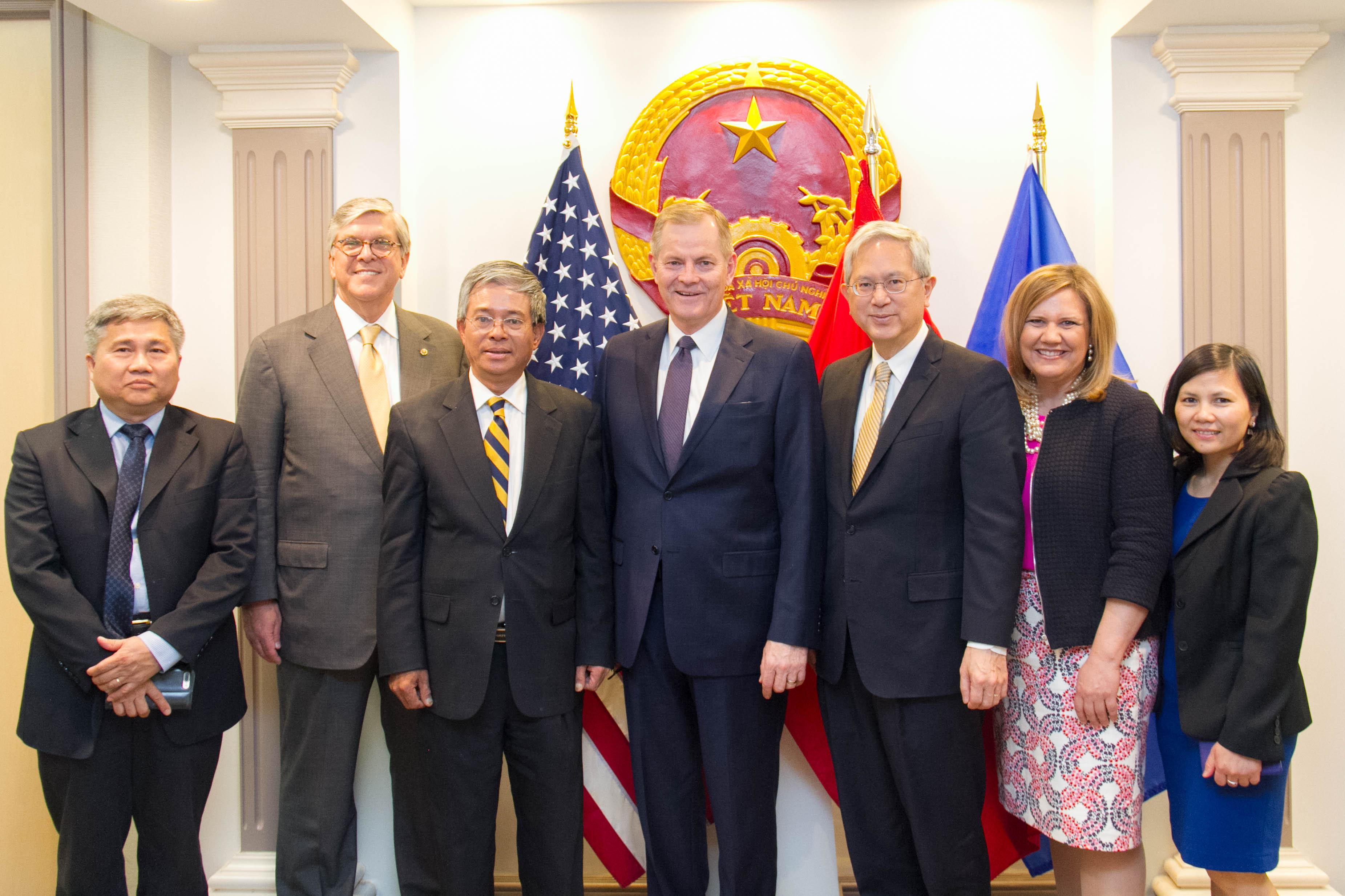 Đại sứ Việt Nam tại Hoa kỳ tiếp Đoàn đại diện cấp cao Đạo Mormon
