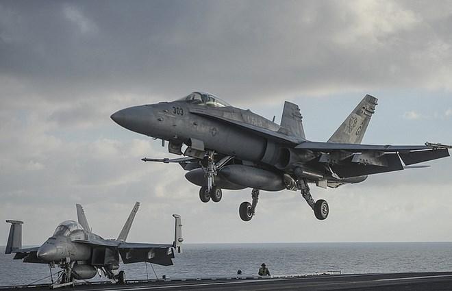 Lực lượng phòng không Syria đáp trả cuộc tấn công của Mỹ