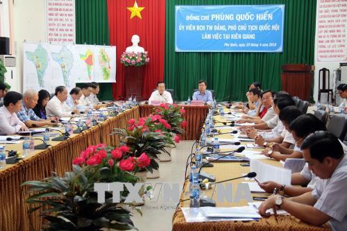 Phó Chủ tịch Quốc hội Phùng Quốc Hiển thăm và làm việc tại huyện đảo Phú Quốc, Kiên Giang 