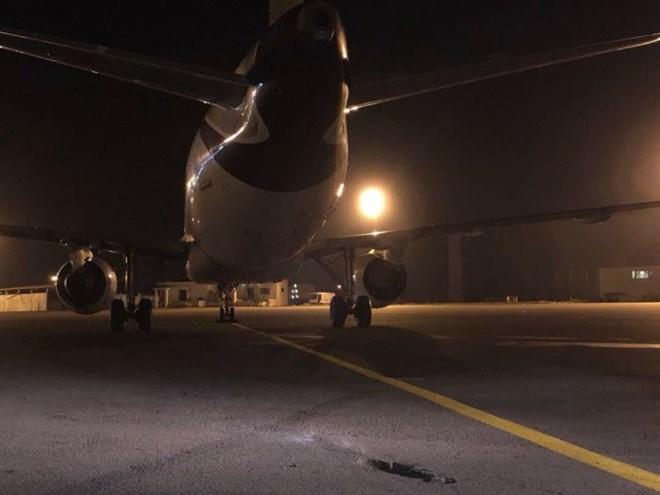 Libya: Rocket rơi trúng sân bay Mitiga khiến một máy bay chở khách bị hư hỏng