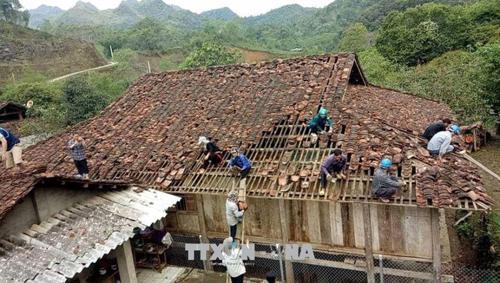Mưa đá làm 3.712 ngôi nhà bị hư hỏng