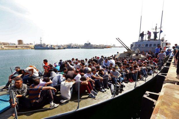 Lực lượng bảo vệ bờ biển Libya cứu sống hơn 280 người di cư