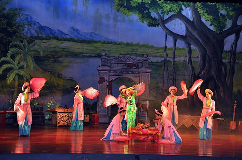 Quảng Ninh hợp nhất các đoàn nghệ thuật