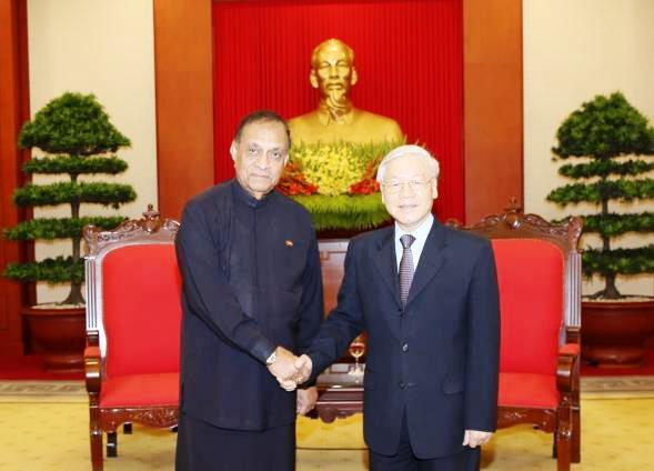 Việt Nam luôn coi trọng quan hệ hữu nghị với các chính đảng tại Xri Lan-ca
