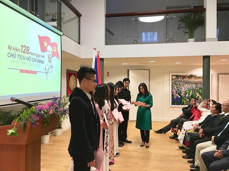 Đại sứ quán Việt Nam tại Hà Lan tổ chức Lễ kỷ niệm 128 năm Ngày sinh Chủ tịch Hồ Chí Minh