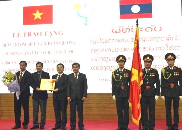Tỉnh Điện Biên đón nhận Huân chương Hữu nghị của Chủ tịch nước CHDCND Lào
