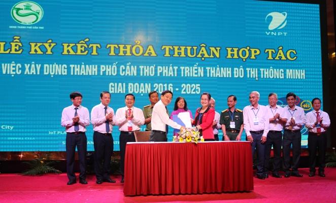 VNPT ký kết hợp tác với UBND TP Cần Thơ xây dựng đô thị thông minh