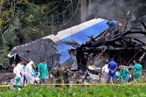 Lãnh đạo Đảng, Nhà nước gửi điện thăm hỏi về vụ máy bay Cuba gặp nạn