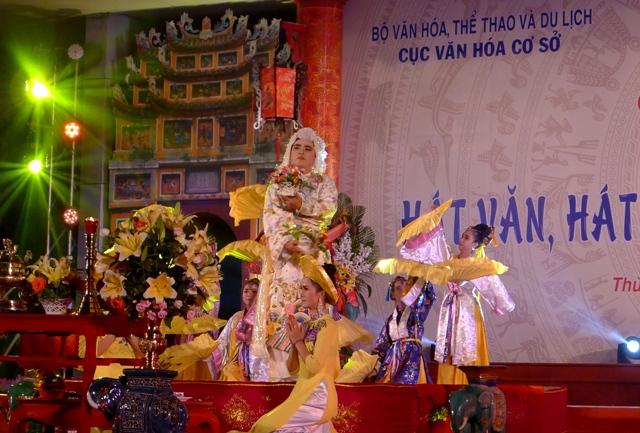 Liên hoan Hát Chầu Văn Hà Nội 2018
