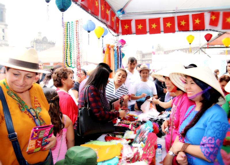 Văn hóa Việt Nam hấp dẫn bạn bè quốc tế tại Mexico