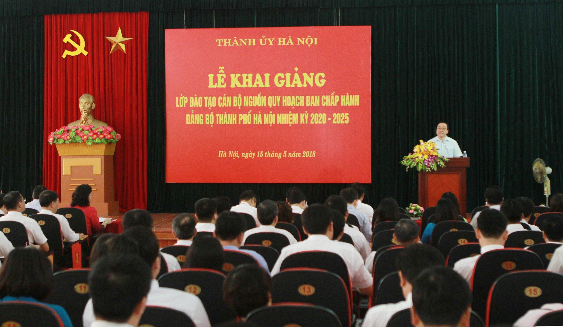 Khai giảng lớp đào tạo cán bộ nguồn quy hoạch Ban Chấp hành Đảng bộ Thành phố Hà Nội nhiệm kỳ 2020 - 2025