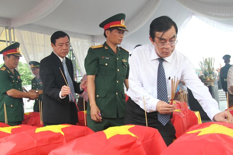 Quảng Trị: Truy điệu 21 liệt sĩ quân tình nguyện hy sinh tại Lào