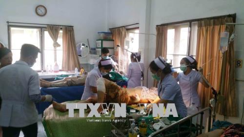 Xe ô tô Hội hữu nghị Việt Nam – Lào - Thái Lan thành phố Hà Nội gặp nạn tại Lào