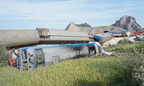 Đồng chí Trương Hòa Bình yêu cầu thực hiện các giải pháp cấp bách hạn chế tai nạn giao thông đường sắt