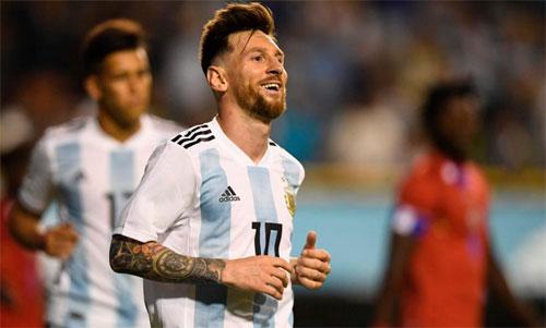 Messi tỏa sáng trong trận thử nghiệm đầu tiên của Argentina