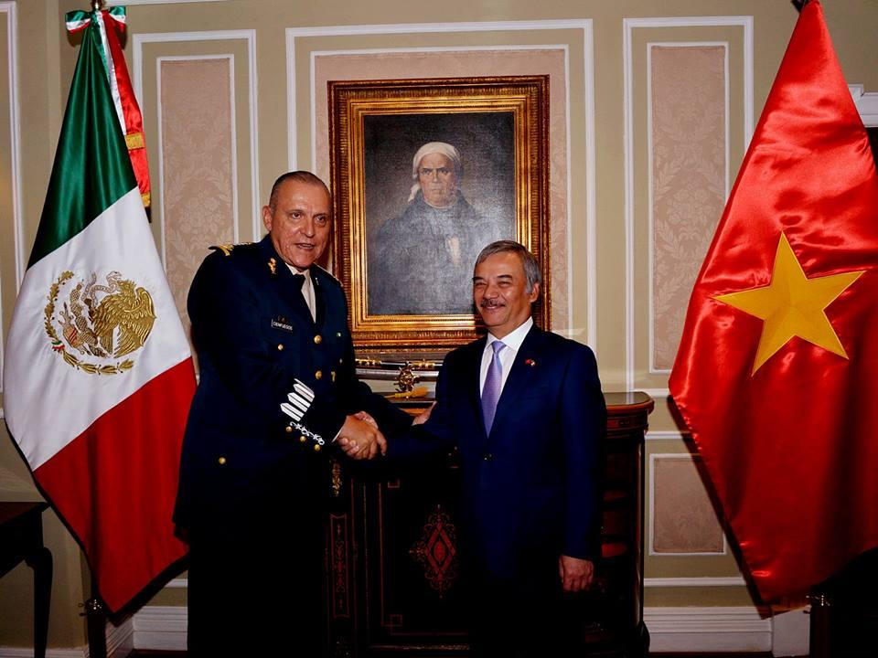 Bộ trưởng Quốc phòng Mexico tiếp Đại sứ Việt Nam Nguyễn Hoài Dương