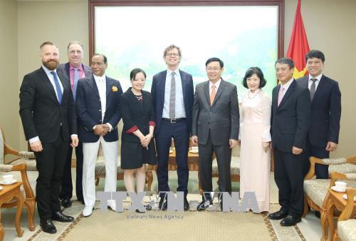 Phó Thủ tướng Vương Đình Huệ: Hoan nghênh Comvik tiếp tục quan tâm đầu tư vào thị trường Việt Nam