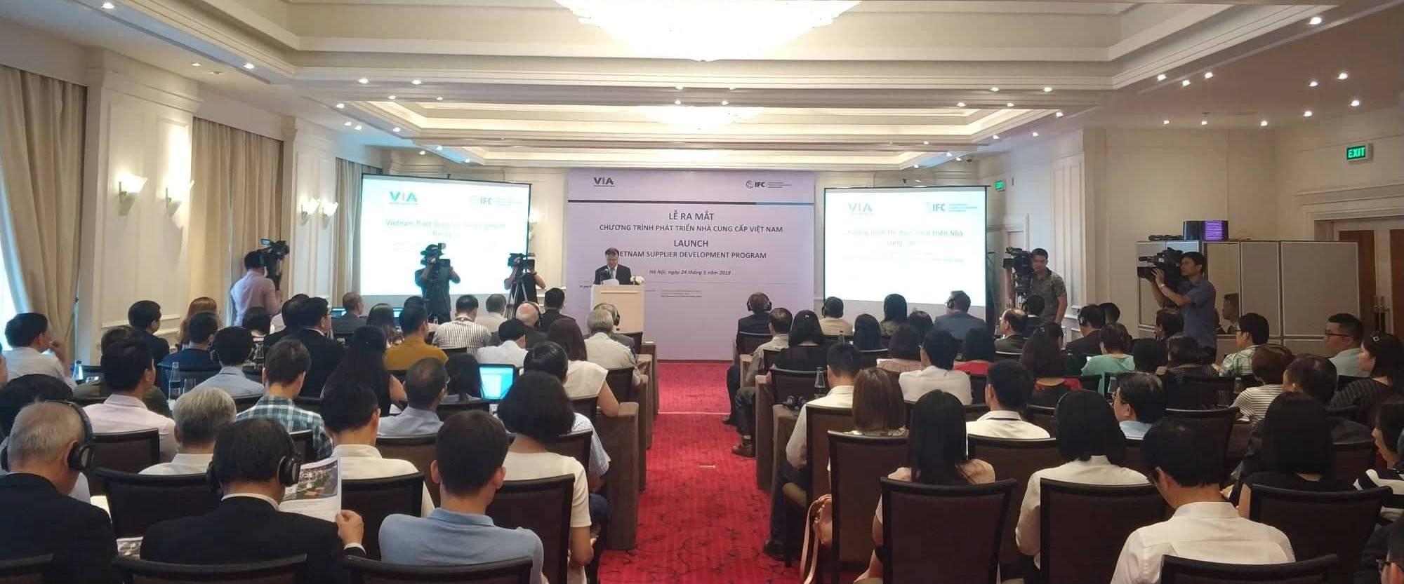 Ra mắt chương trình phát triển nhà cung cấp Việt Nam