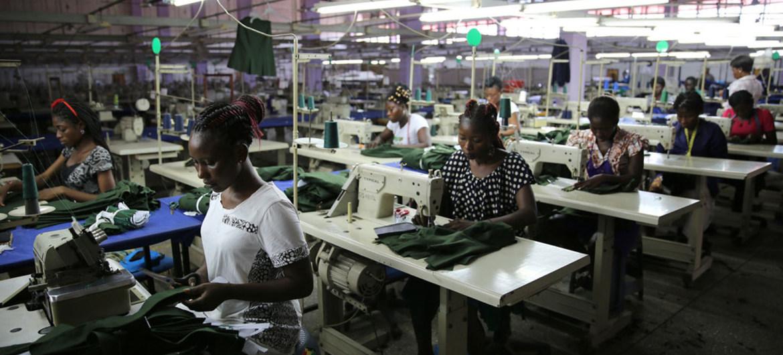 Dự báo lạc quan về tăng trưởng kinh tế toàn cầu