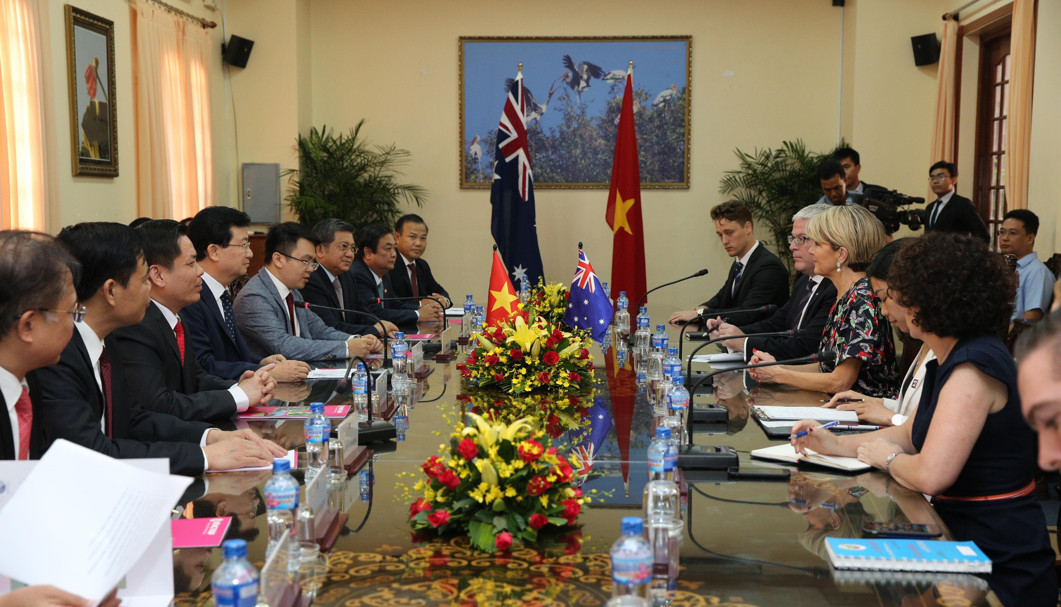 Ô-xtrây-li-a coi Việt Nam là một trong những đối tác chủ chốt tại khu vực