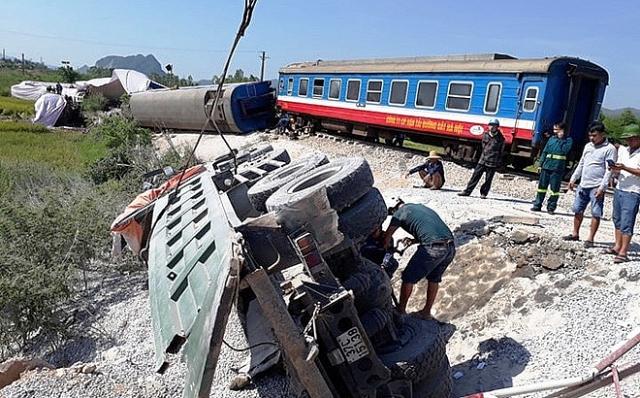 Cần ngăn chặn không để tai nạn giao thông đường sắt