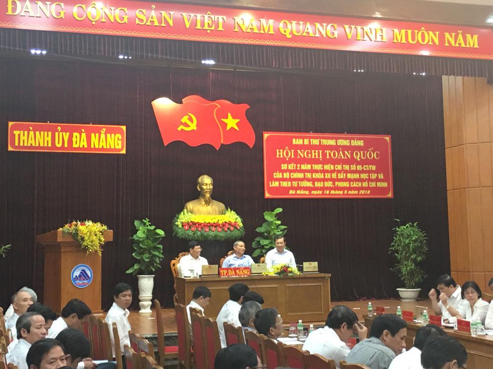 Đà Nẵng: Học và làm theo Bác, đổi mới tác phong công tác, thực hiện gần dân, sát dân