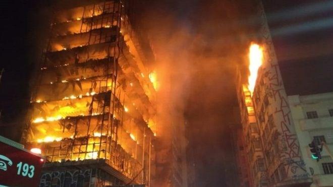 Brazil: Sập nhà 26 tầng ở trung tâm Sao Paulo do hỏa hoạn
