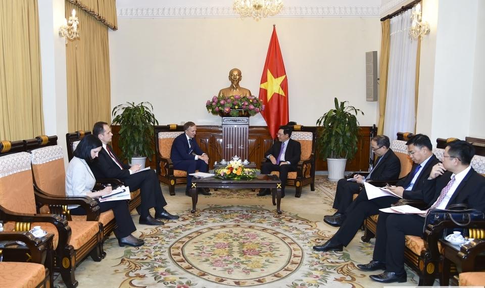 Việt Nam luôn coi trọng phát triển quan hệ hữu nghị truyền thống, hợp tác nhiều mặt với Lát-vi-a