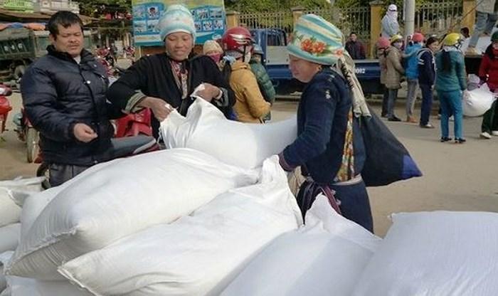 Hỗ trợ gạo cho tỉnh Bắc Kạn