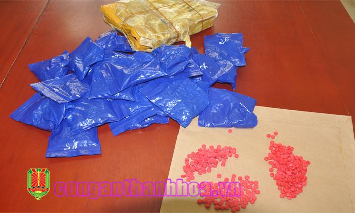 Thanh Hóa: Phát hiện gần 6.000 viên hồng phiến được cất giấu trong bao lúa  
