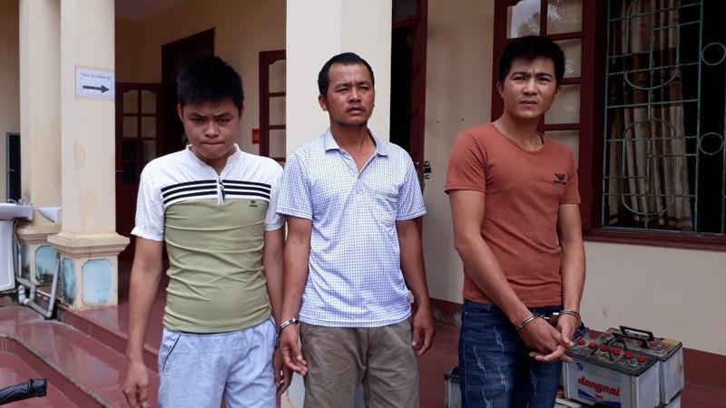 Nghệ An: Khởi tố nhóm đối tượng gây ra 20 vụ trộm bình ắc quy ô tô  