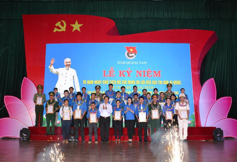 Tỉnh Đoàn Quảng Nam tuyên dương thanh niên tiên tiến làm theo lời Bác