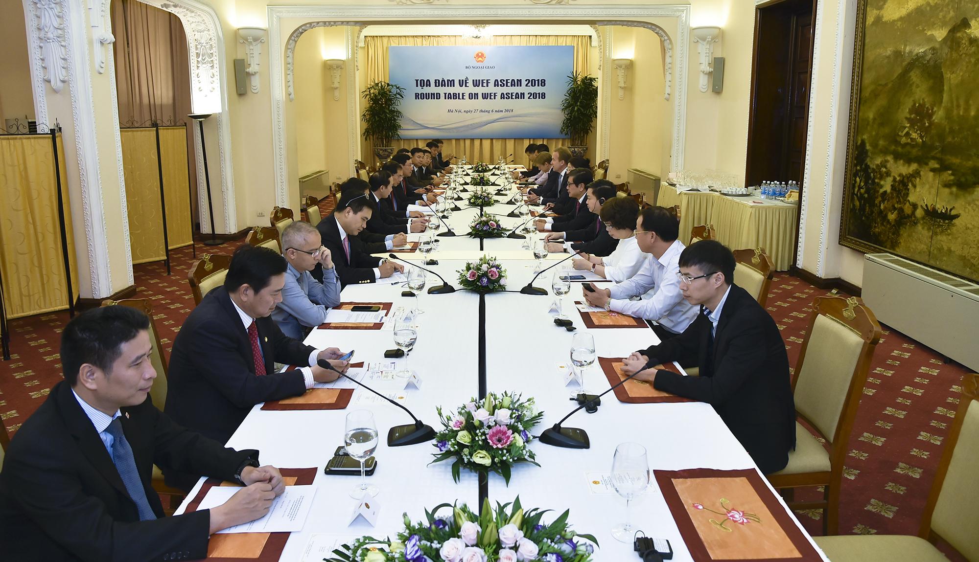 Chủ tịch WEF đánh giá cao tiềm năng phát triển của Việt Nam