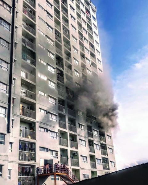 Cháy căn hộ chung cư ở Sài Gòn