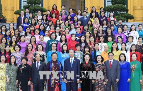 Chủ tịch nước gặp mặt các nữ đại biểu Quốc hội khóa XIV