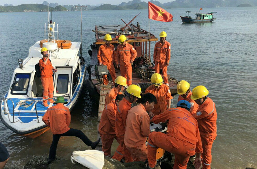 Đã xác định được khu vực cáp ngầm cấp điện cho đảo Cô Tô bị sự cố