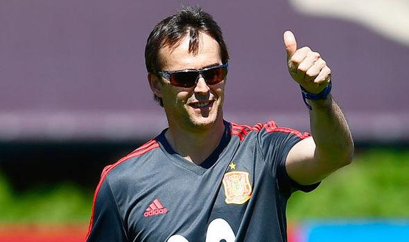 Tây Ban Nha sa thải Huấn luyện viên chỉ 1 ngày trước World Cup