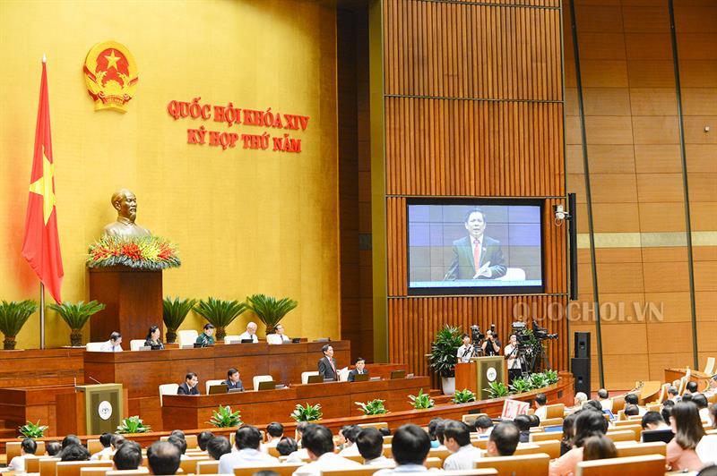 Quốc hội thông qua Nghị quyết về hoạt động chất vấn
