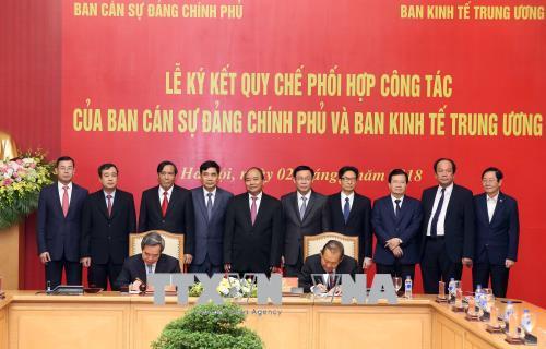 Ký kết quy chế phối hợp giữa  Ban Cán sự Đảng Chính phủ và Ban Kinh tế TW