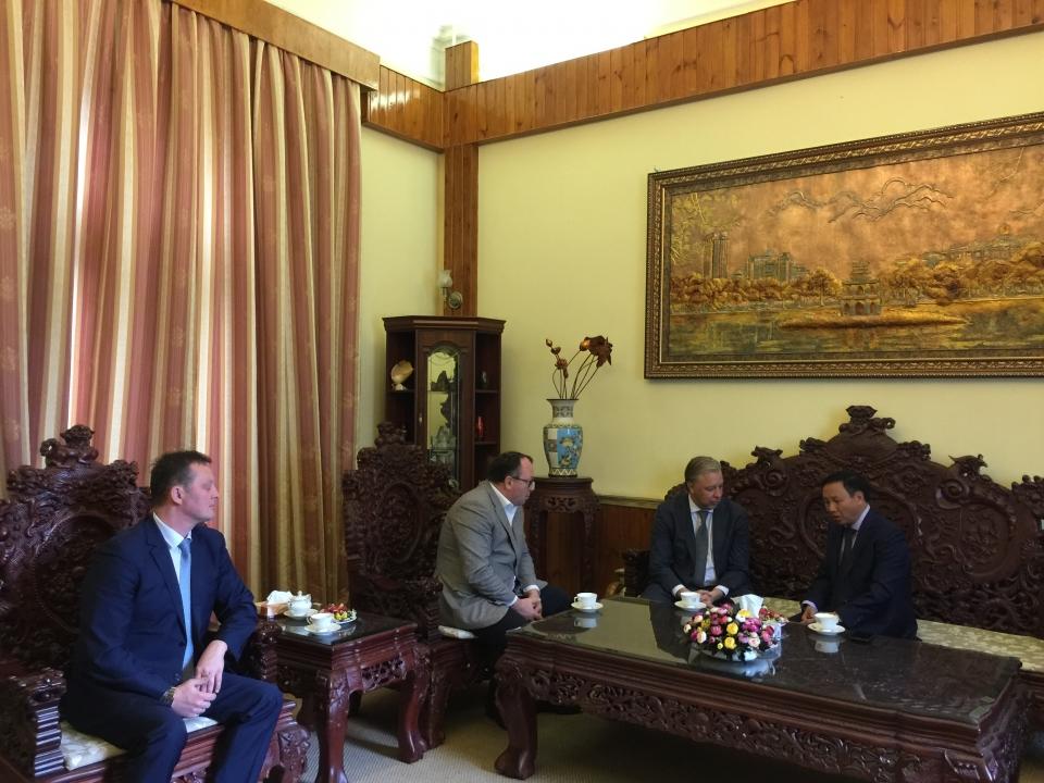 Tăng cường hợp tác giữa Ngân hàng Solidarnost (Nga) với các tổ chức, cá nhân Việt Nam