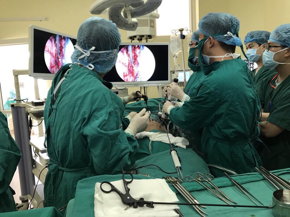 Bệnh viện K ứng dụng kỹ thuật tiên tiến trong phẫu thuật nội soi ung thư thực quản