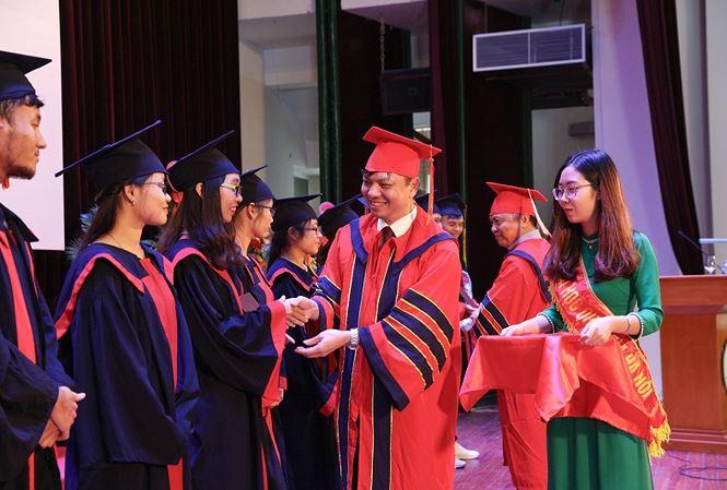 Đại học Quốc gia Hà Nội trao bằng Tốt nghiệp Bác sĩ đa khoa khóa đầu tiên