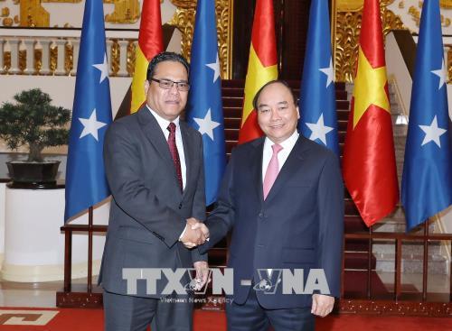 Thủ tướng Nguyễn Xuân Phúc tiếp Chủ tịch Quốc hội Liên bang Micronesia