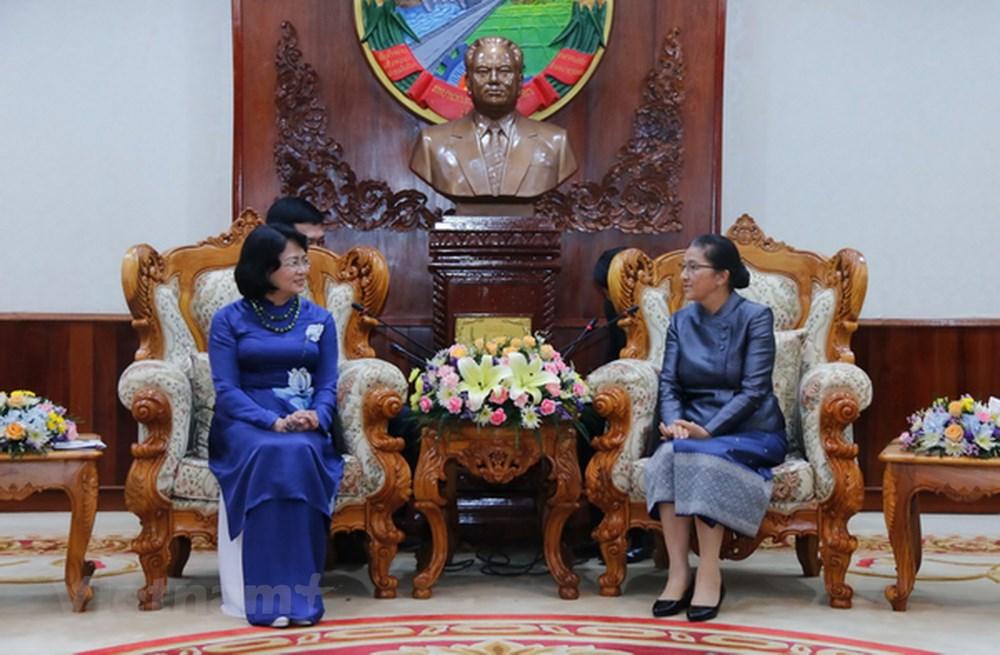 Phó Chủ tịch nước Đặng Thị Ngọc Thịnh tiếp tục chuyến thăm chính thức CHDCND Lào